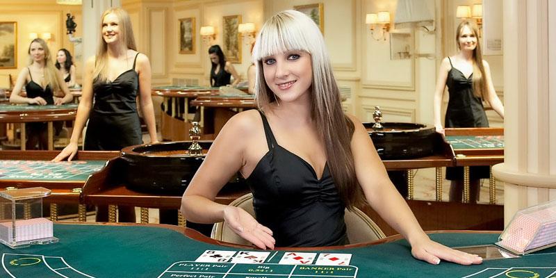 CANLI CASINO'DA HER PAZAR 100 TL BONUS
